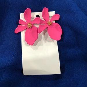 Brand new fashion flower earrings